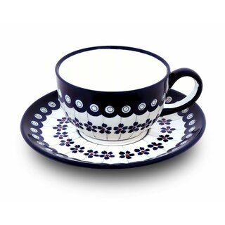Coffee or tee cup with saucer in the Decor 166a