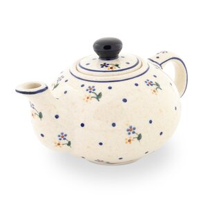 Small Teapot, just the right size for two cup of tea. Decor 111