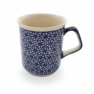 Modern Boleslawiec mug with square handles in the Decor 120
