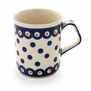 Modern Boleslawiec mug with square handles in the Decor 46